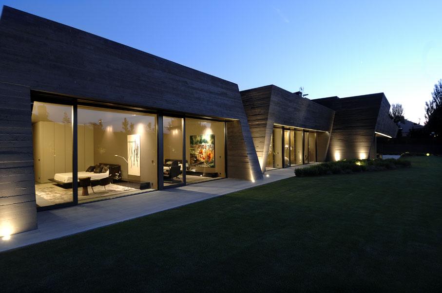 Бетонный дом от студии A-cero