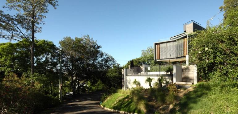 Дом на холмах в Австралии