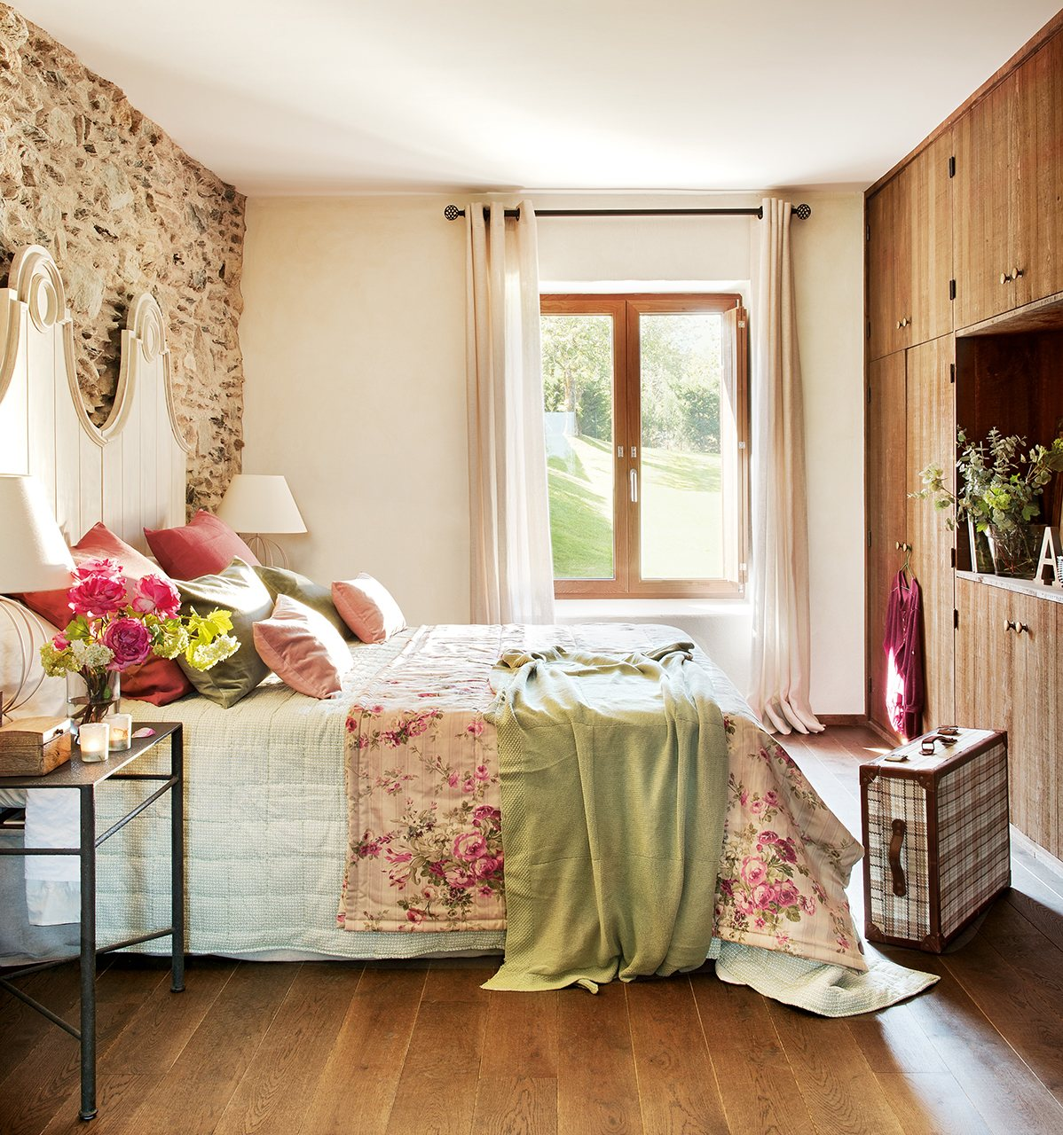 Очаровательный интерьер для маленьких спален-7