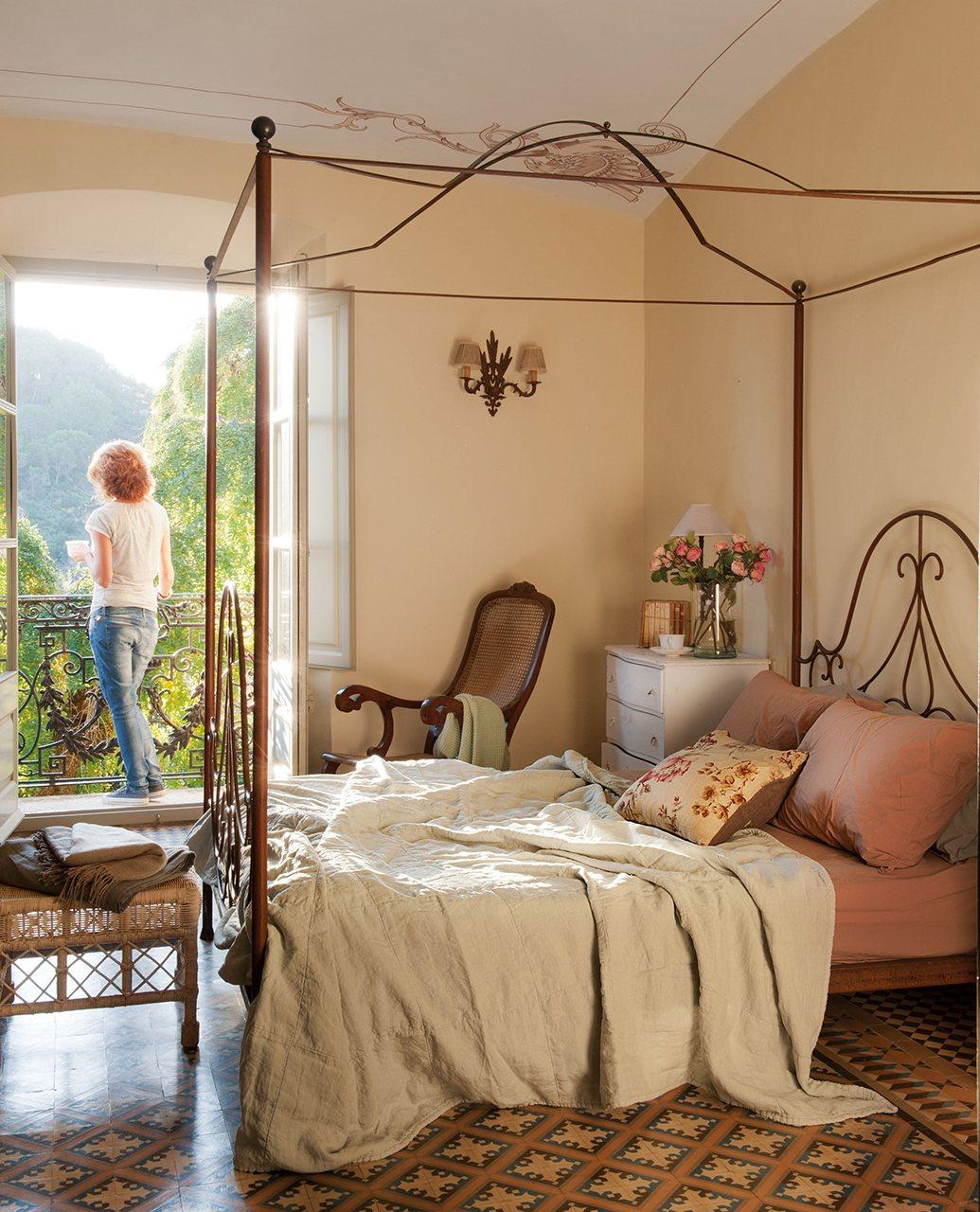 Очаровательный интерьер для маленьких спален-8