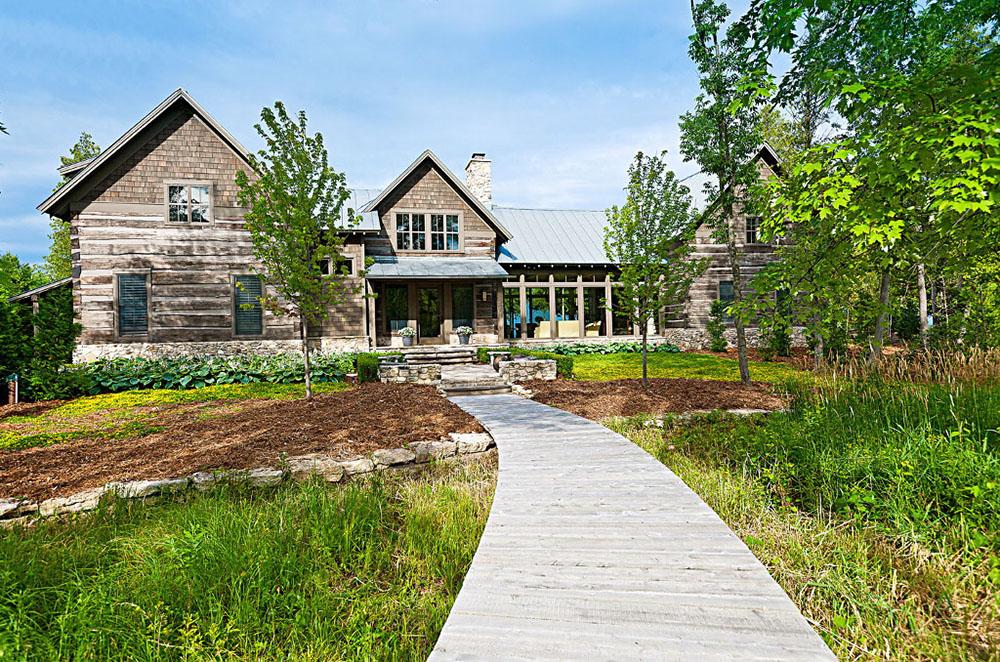 Большой дом у озер