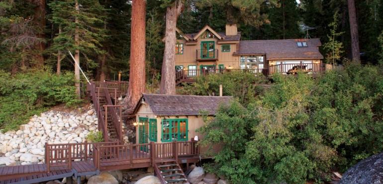 Интерьер деревянного дома в стиле шале фото