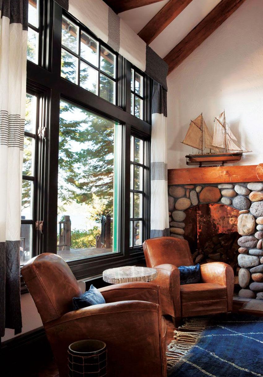 гостиная с большими окнами