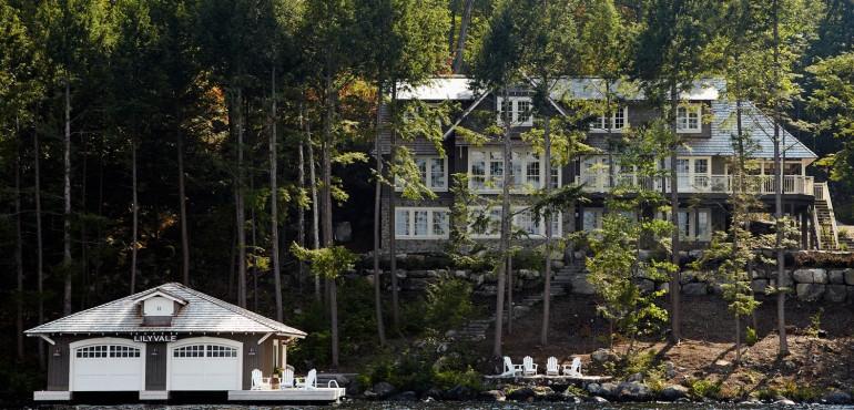 Просторный дом на озере Мускока