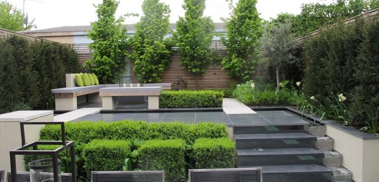 Небольшой двухуровневый сад