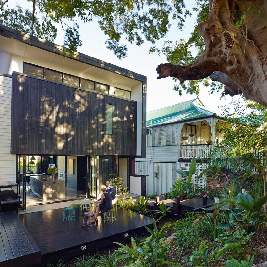Черный дом архитектора