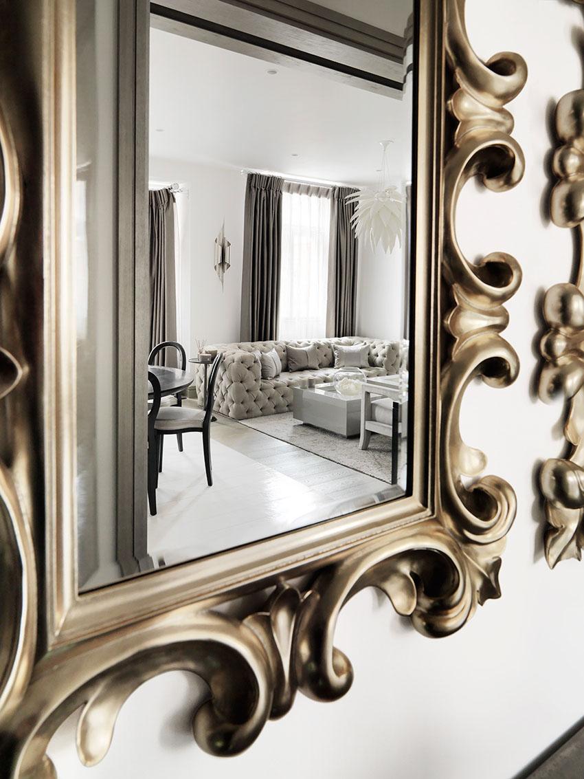 зеркала в классическом багете