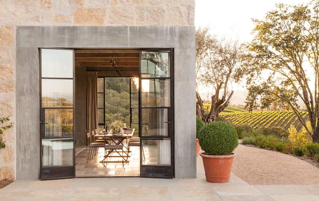 Каменный дом из Калифорнии