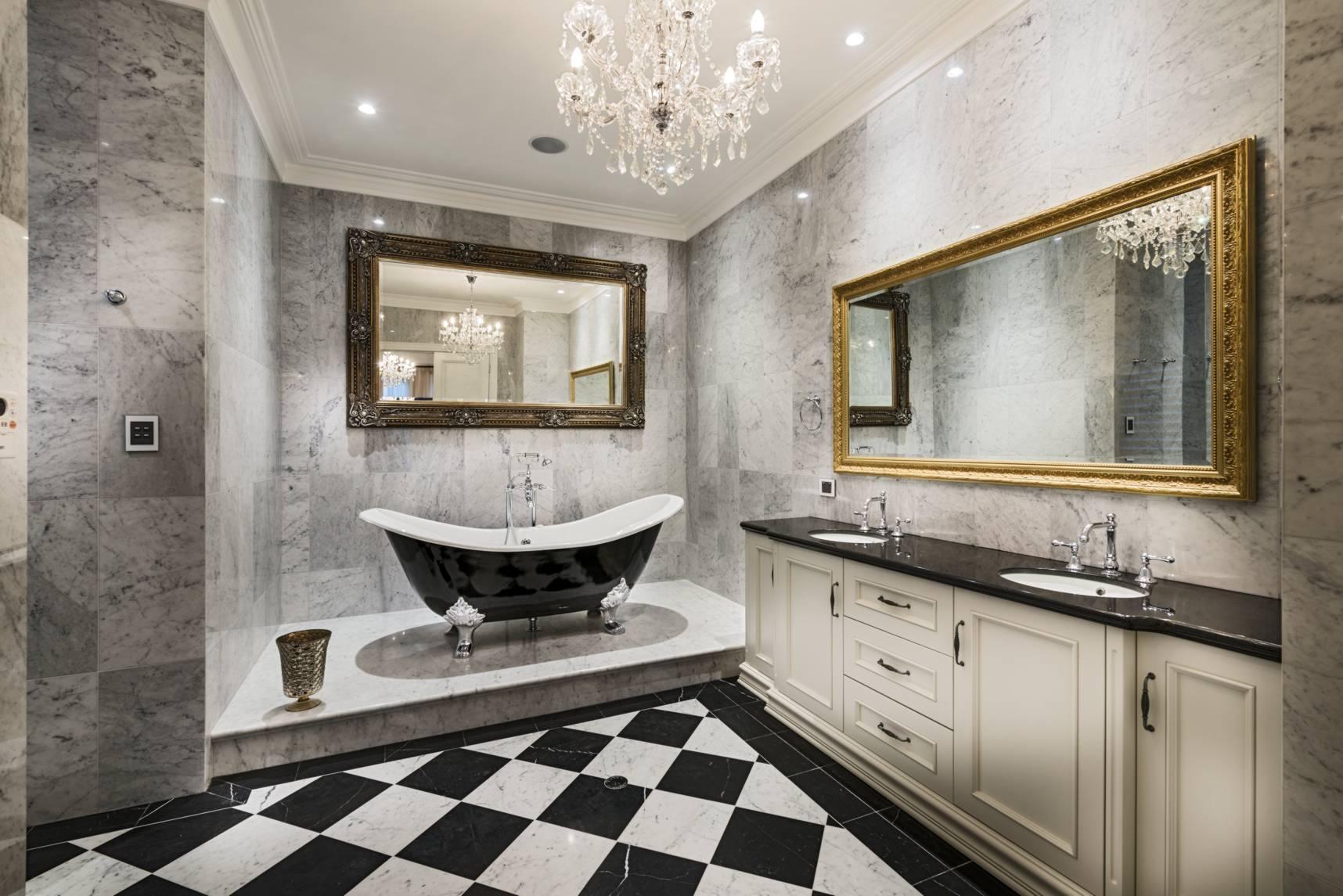 Красивая ванная комната в классическом стиле: 17 идей