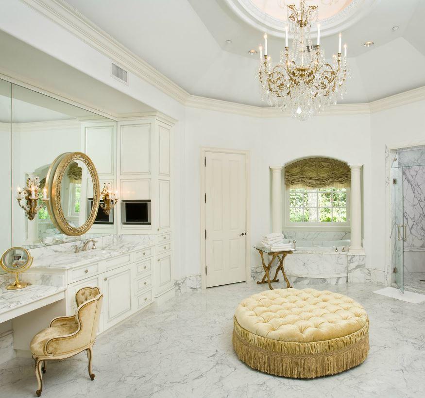 Красивые ванные комнаты в стиле барокко