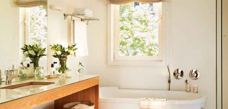 Оформление гардеробной и ванной комнаты