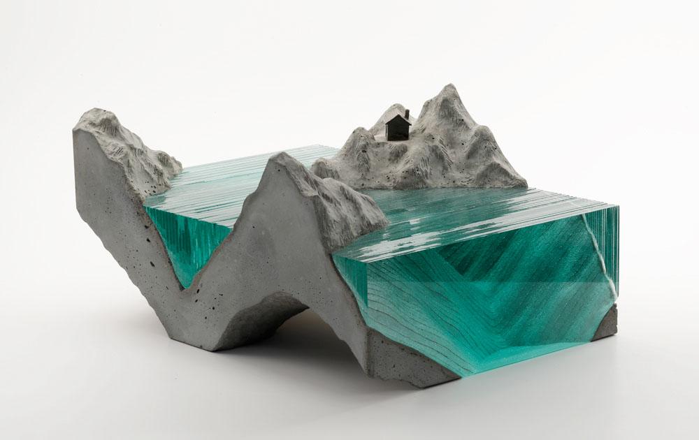 стеклянная скульптура фото