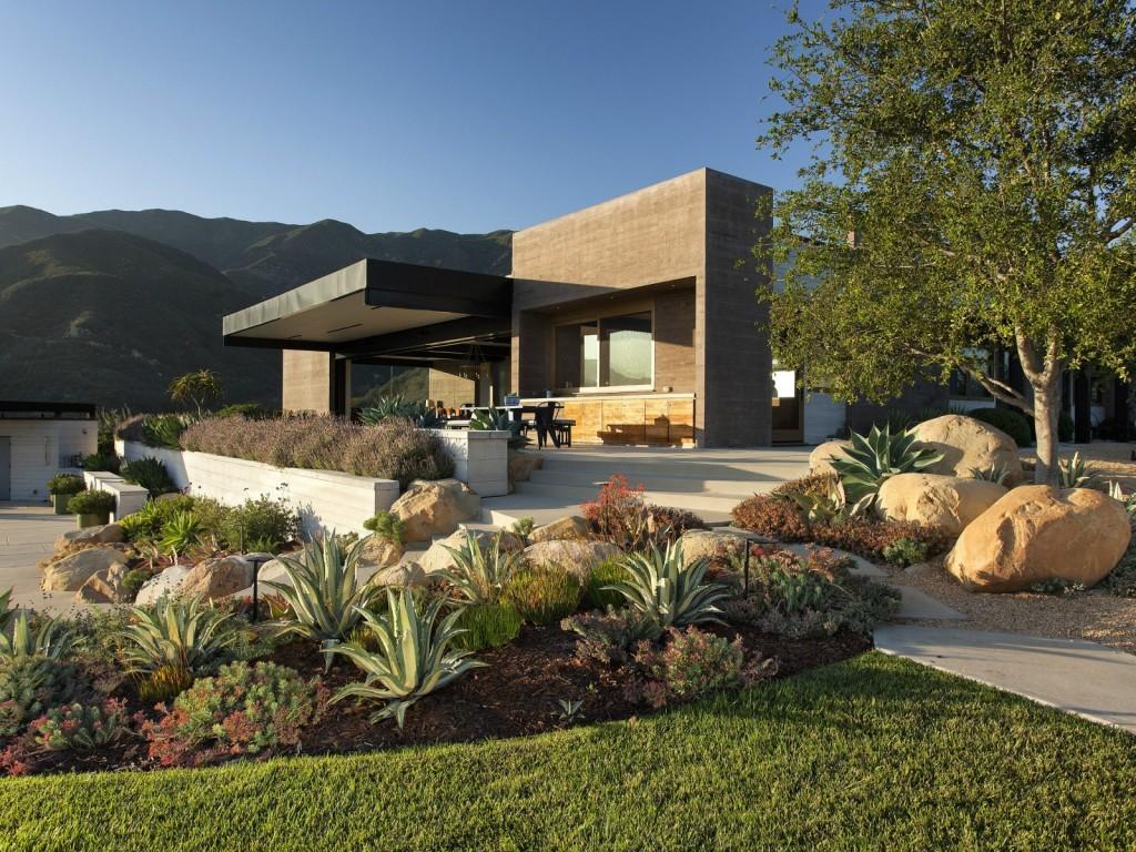 Дом в каньоне Торо