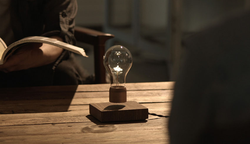оригинальный светильник