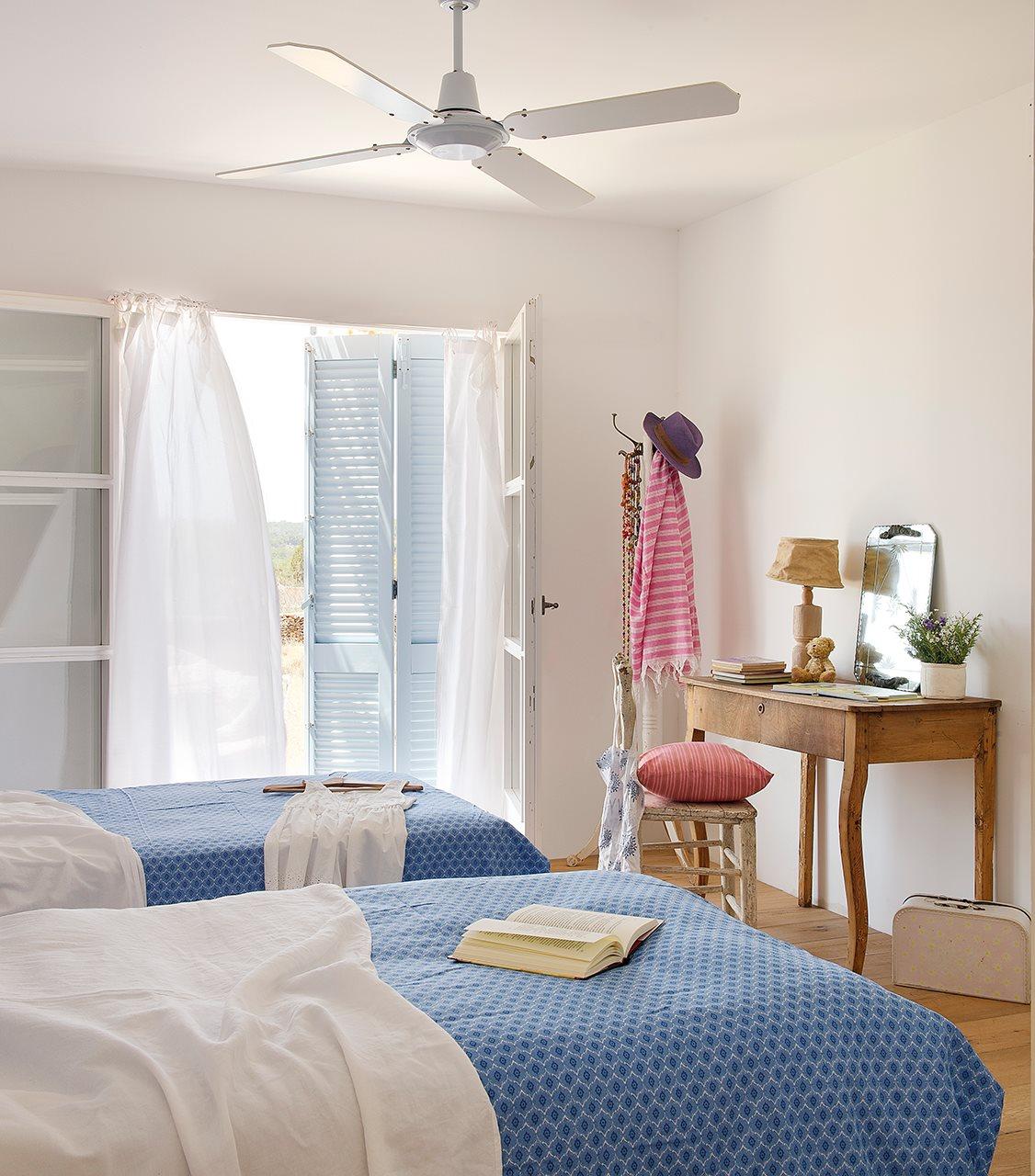 дизайн спальни для двух сестер