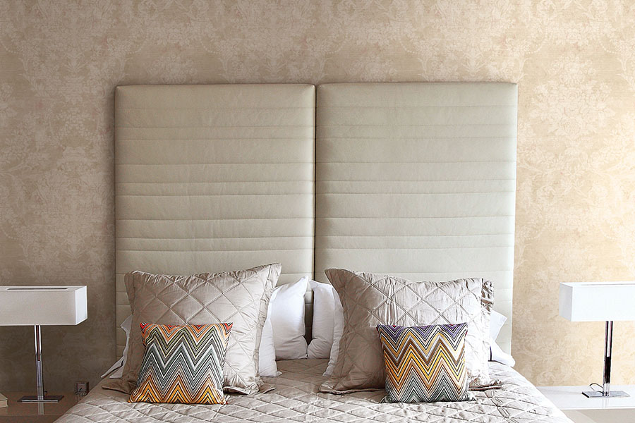 дизайн обоев в спальне фото