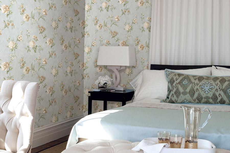 Дизайн комнаты с низкими потолками фото