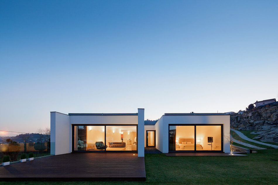 Преобразованная ферма от Fernando Architects