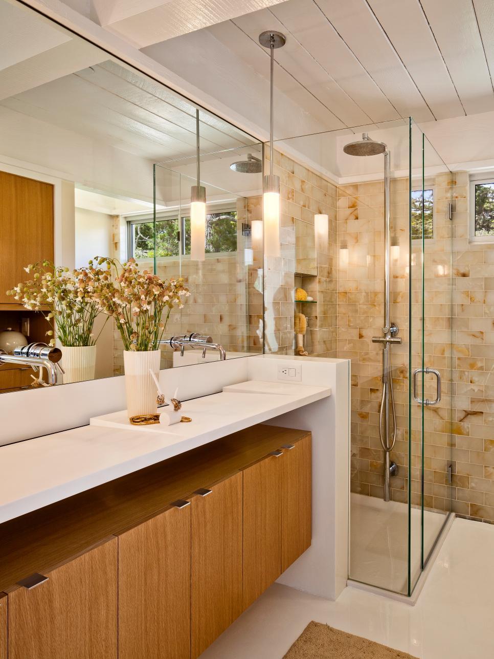 дизайн маленькой ванной комнаты с душевой кабиной фото