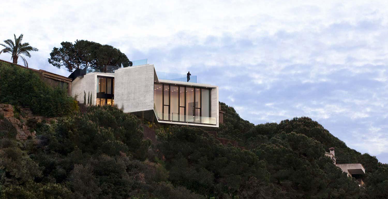 Современный дом Х из Барселоны