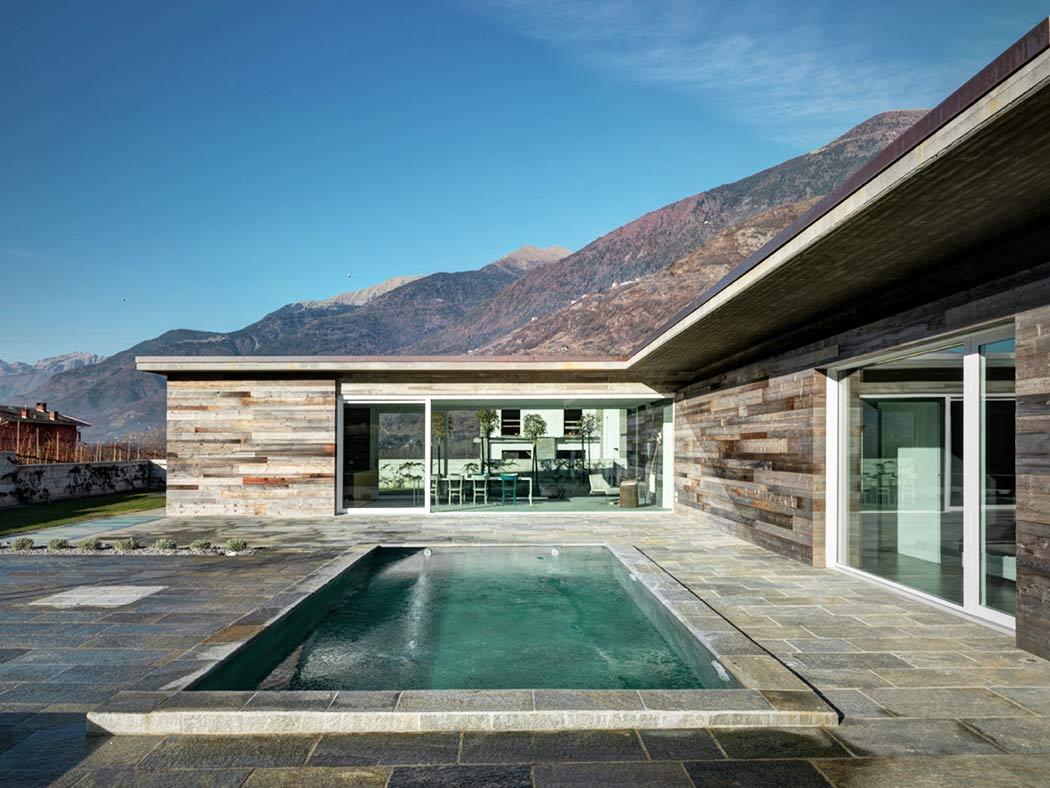 Роскошная резиденция в итальянских Альпах