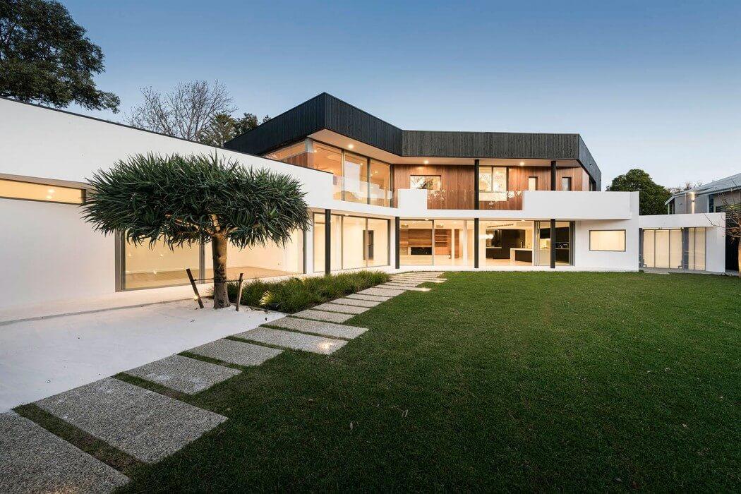 Стильный двухэтажный дом от Hillam Architects