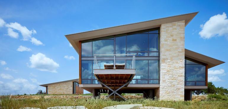 Красивый дом с панорамными окнами от Jim Gewinner