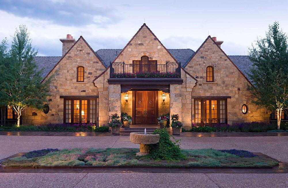 Роскошный дом с классическим дизайном