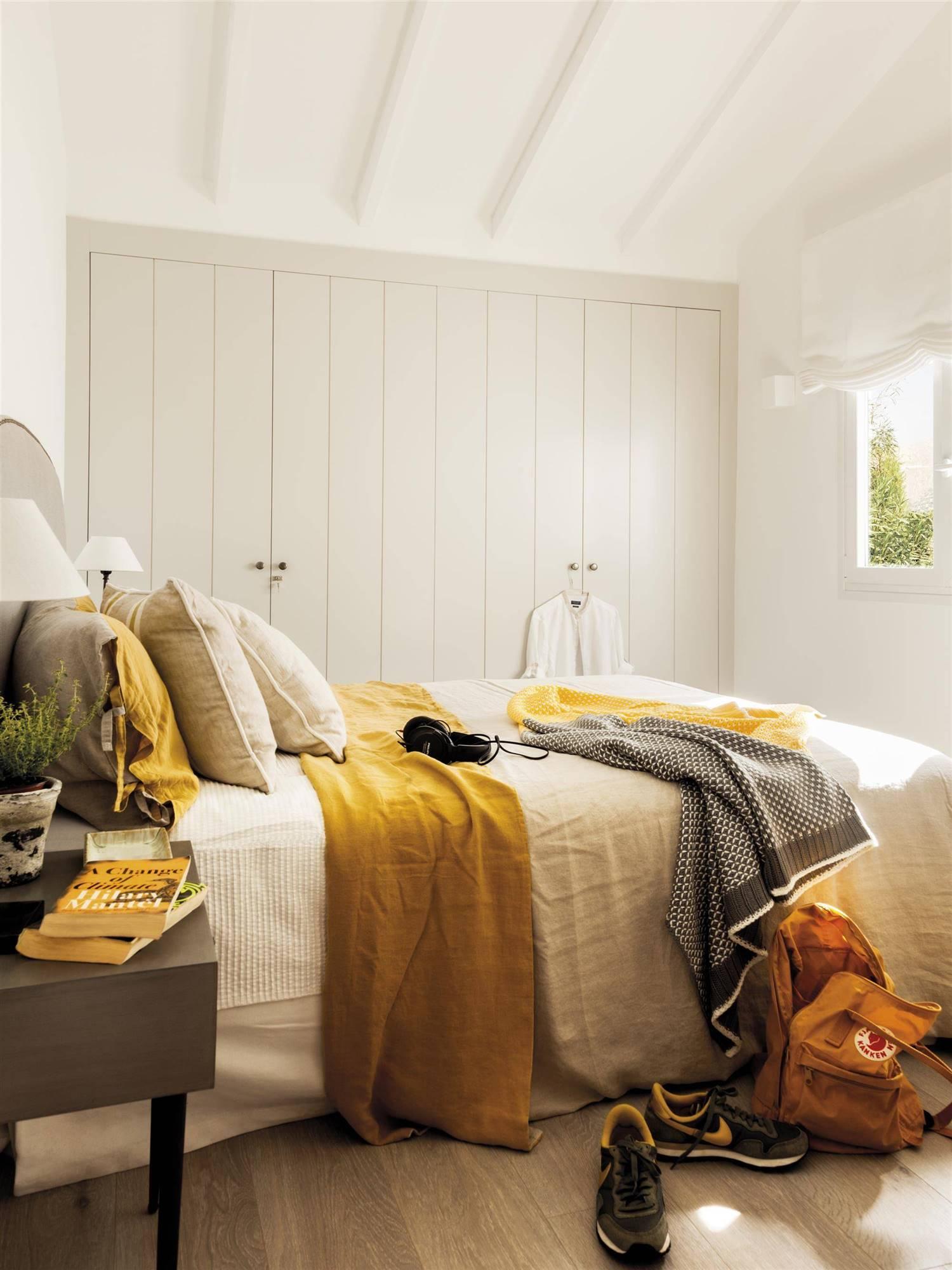 дизайн маленькой спальни для девушки-подростка