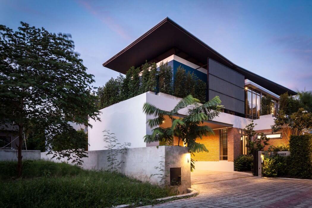 Модерновый дом: два проекта из Таиланда