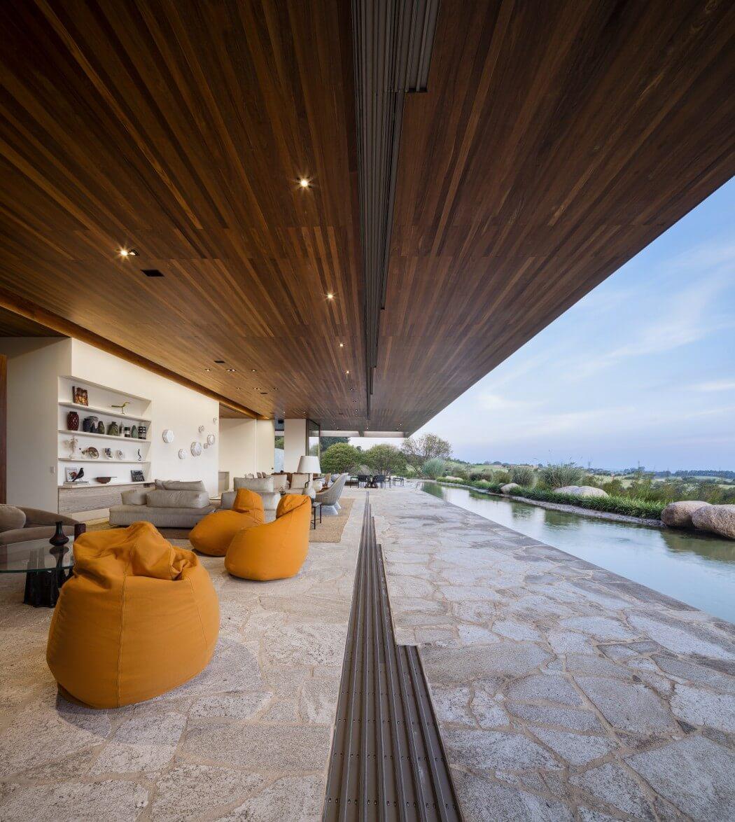 Роскошный современный дом от Studio Arthur Casas