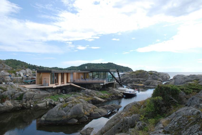 Дом на камнях из Норвегии