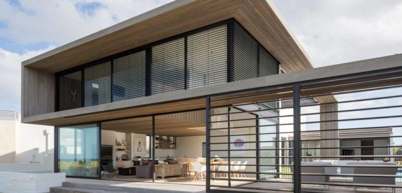Дом в стиле минимализм на побережье Новой Зеландии