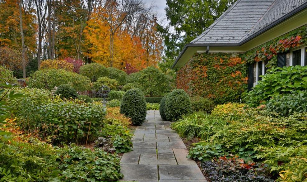 Садовые дорожки: 26 фото-идей