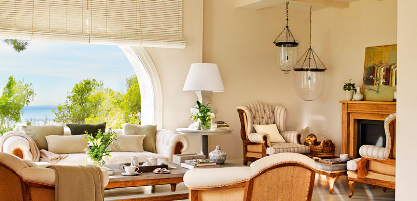 Роскошный летний дом на берегу Средиземного моря