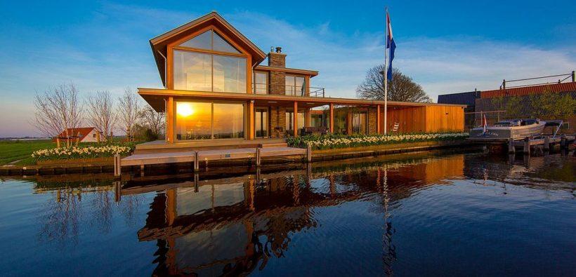 Прекрасное место для побега или Дом на озере