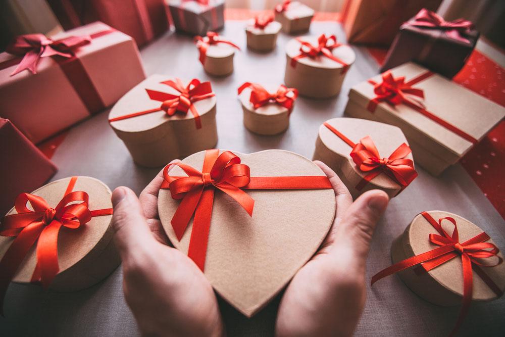 подарок на 14 февраля парню