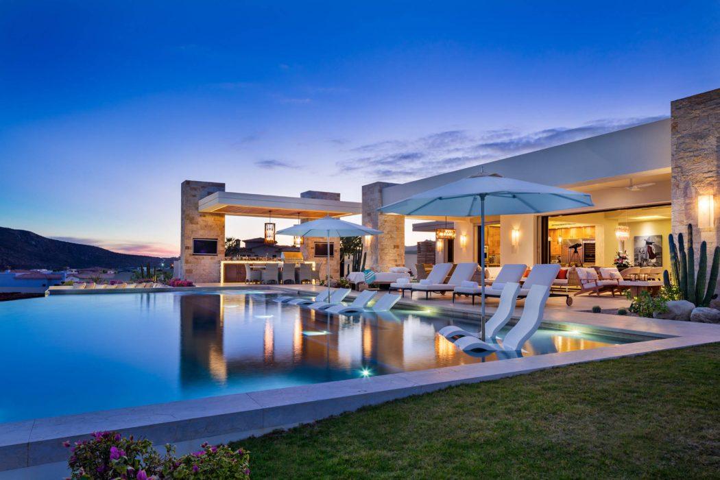 Хочу літо! Або розкішний пляжний дім в Каліфорнії!