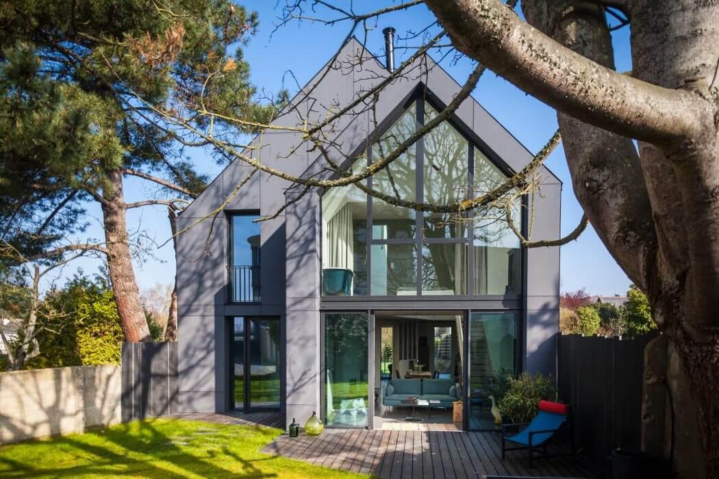 Современный дом с панорамным остеклением от Лорен Баратт