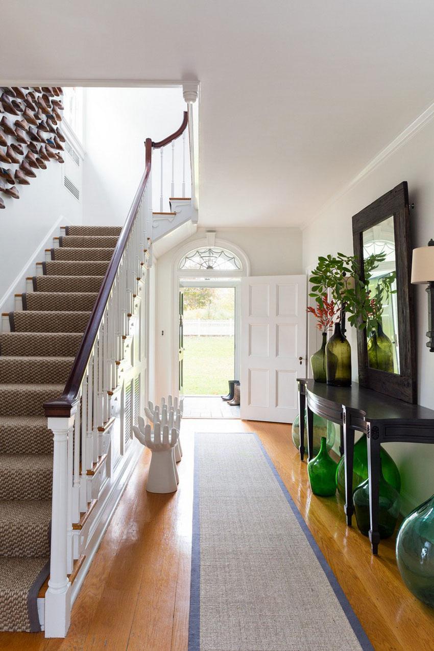 дизайн холла с лестницей