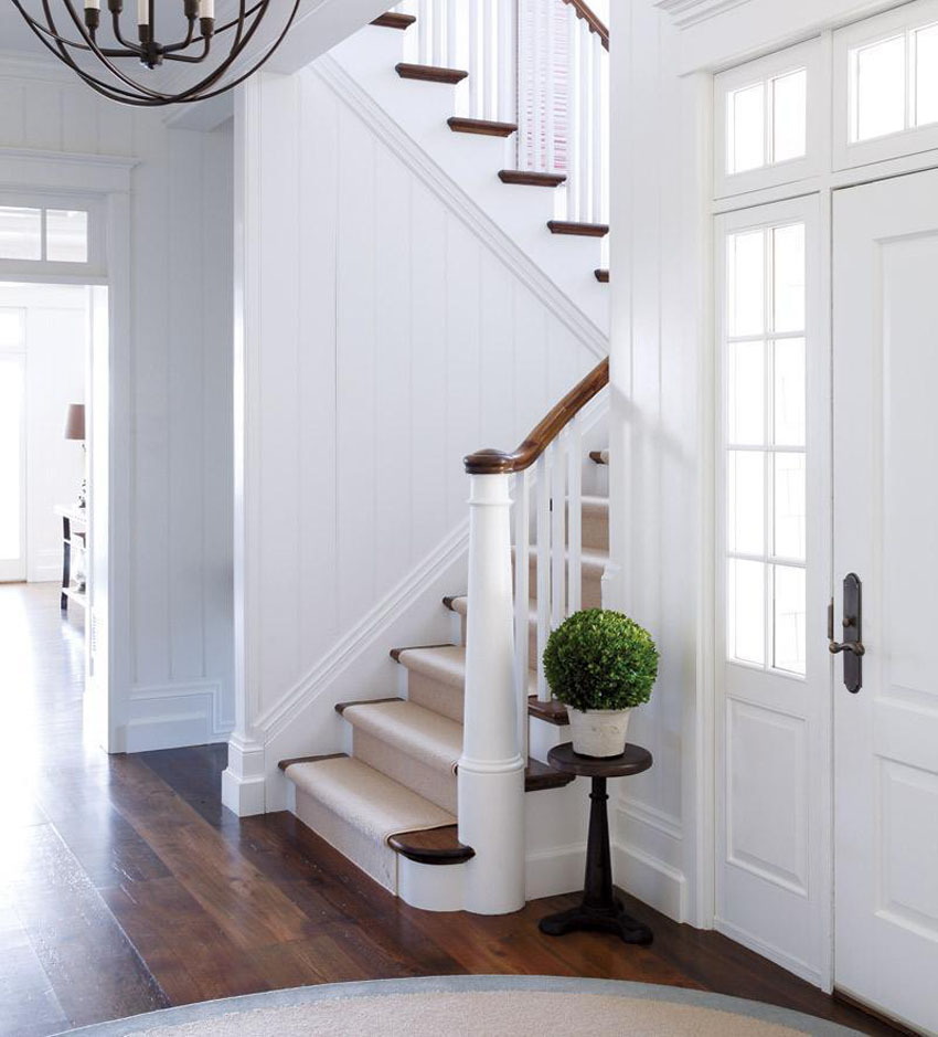 дизайн холла с лестницей в частном доме