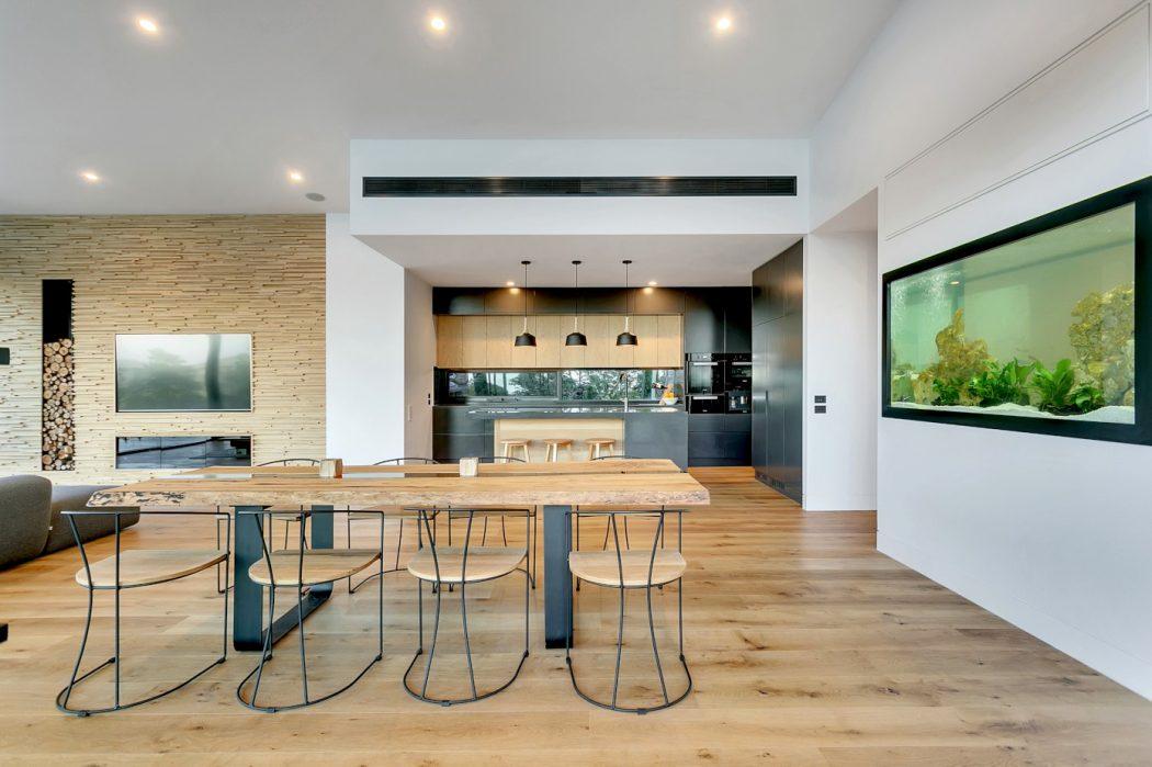 стильная кухня столовая