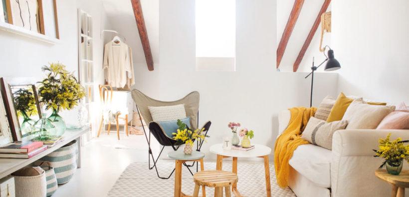 Маленькая, но уютная квартира на мансарде (33 кв. м)