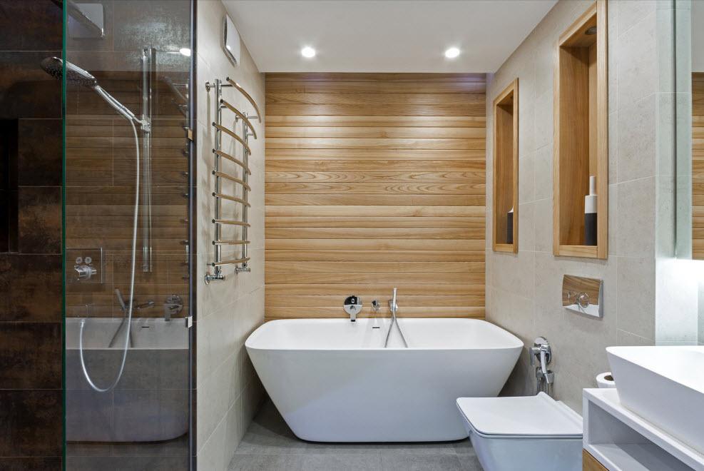 ванна отделанная деревом