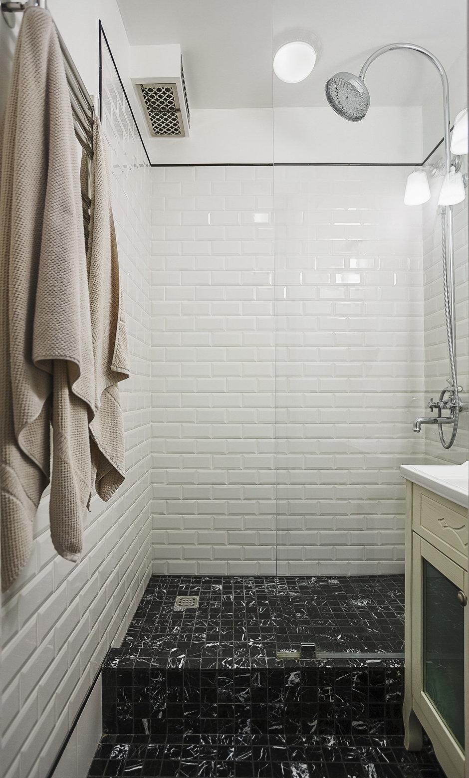 современный дизайн плитки в ванной 53 фото советы