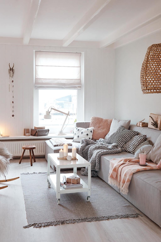 Новогодний декор дома в скандинавском стиле из Голландии