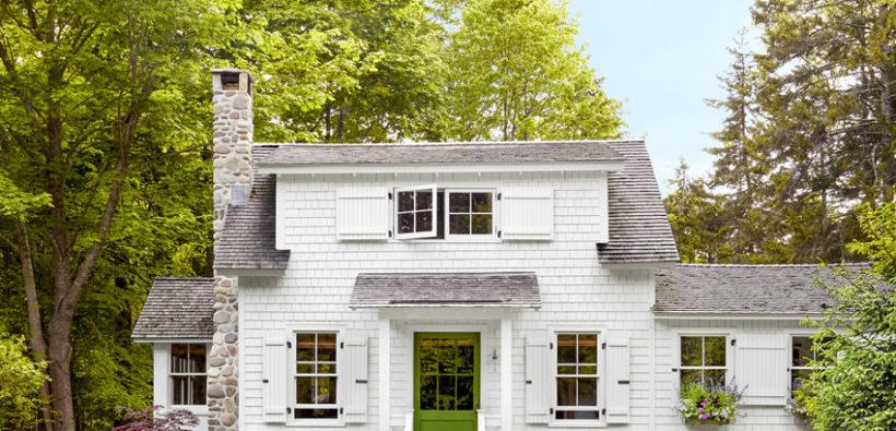 Маленький дом в английском стиле с уютным дизайном