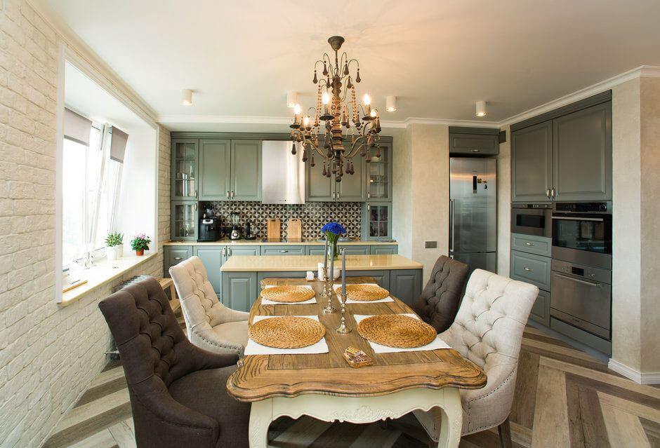 Кухня-студия в классическом стиле: не без хитростей