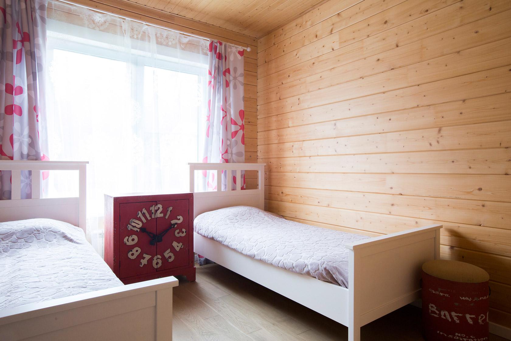 деревянный дом внутри фото