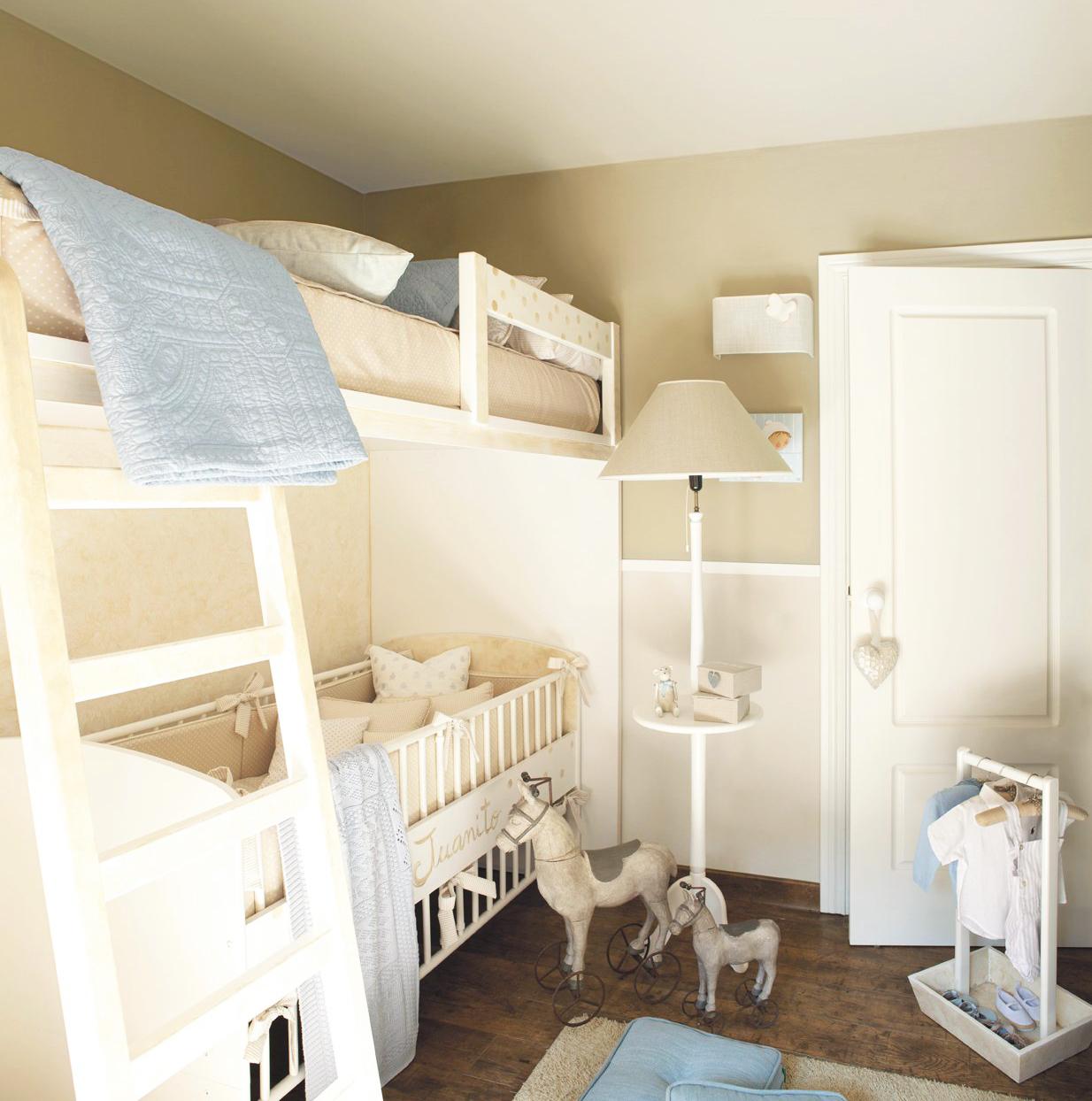 детская для двоих детей в маленькой комнате
